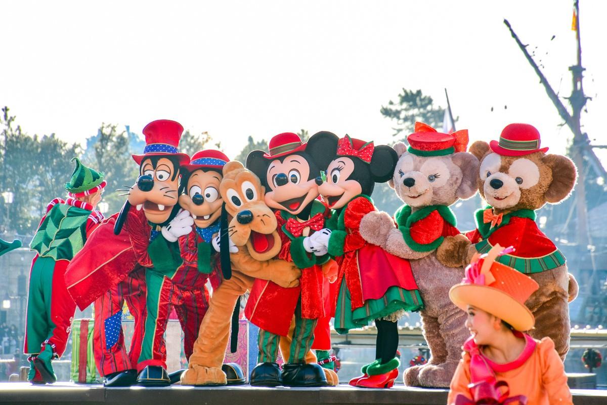 【最新】ディズニークリスマス2017お土産グッズ&ショーパレード情報!新プロジェクションマッピングがスタート!