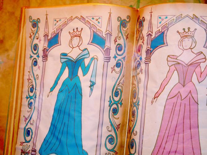 【2018】ディズニープリンセスドレス20選!大人用&子供用まとめ!Dハロ仮装におすすめのドレス!