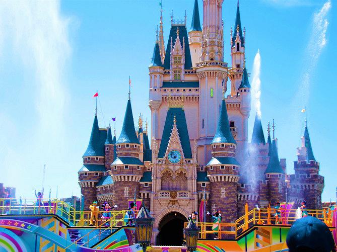 【2018夏】ディズニー暑さ対策12選!アトラクション・メニュー・ショー&パレード休憩場所まとめ!