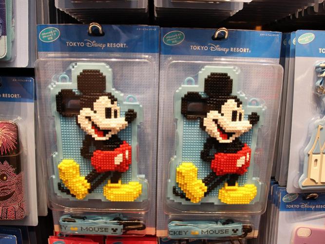 ディズニーのスマホケース12種類!iPhone6/6s/7/8対応ケース&ライトも