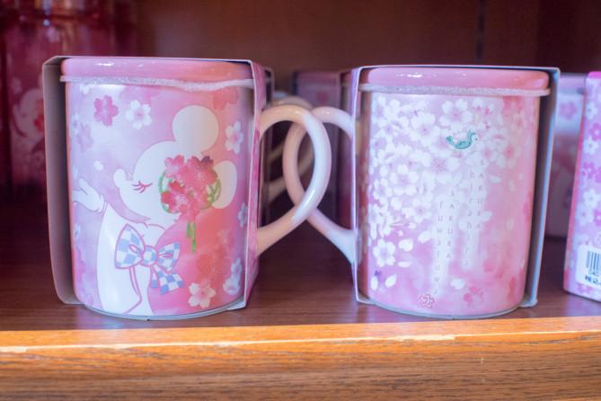 【2/1発売】ディズニー桜デザインミニーグッズ!着物姿が春らしくかわいいお土産!