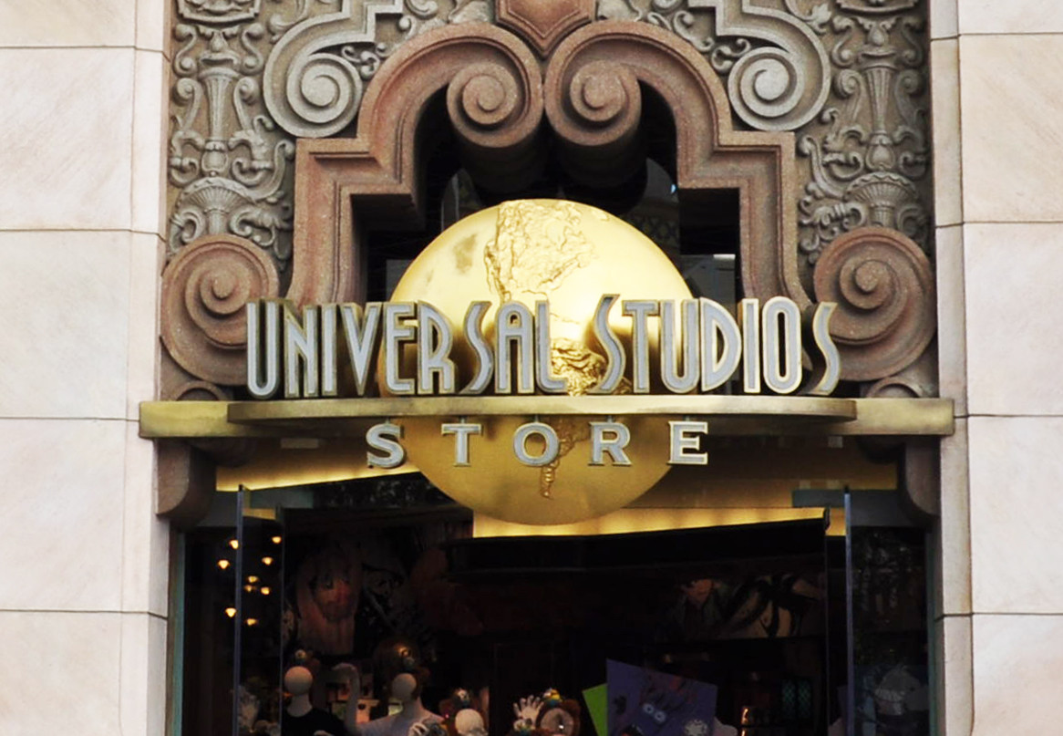 【USJ】ユニバーサルスタジオストア攻略!お土産やハリポタグッズが買えるユニバ最大のショップ