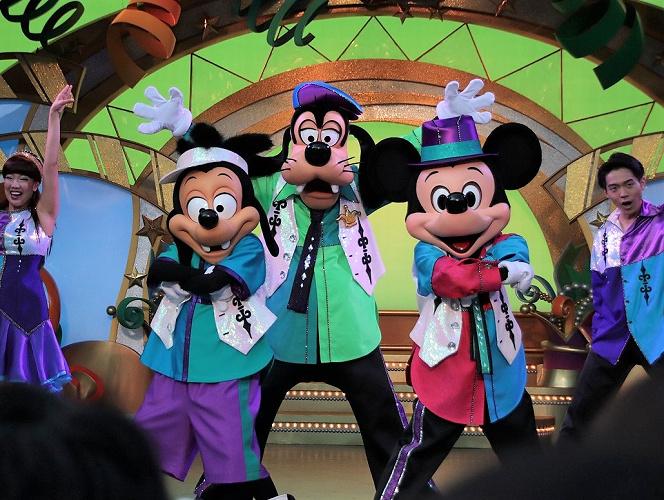 【予想】ディズニーのショー再開はいつ?再開時期や再開後の対策を考察!