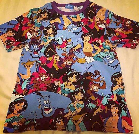 アラジンのTシャツ