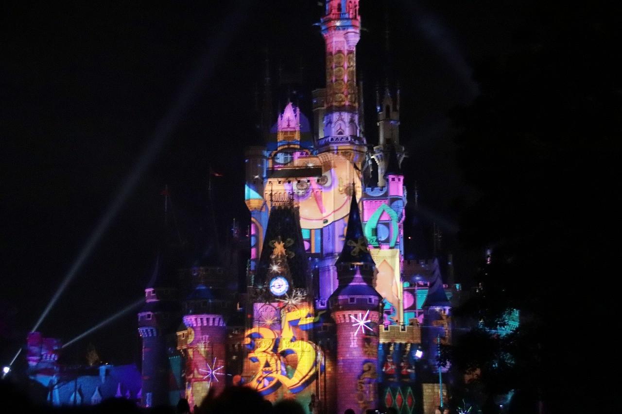【2018】セレブレイト!東京ディズニーランドの内容&抽選エリア!おすすめ観賞場所と限定グッズも!
