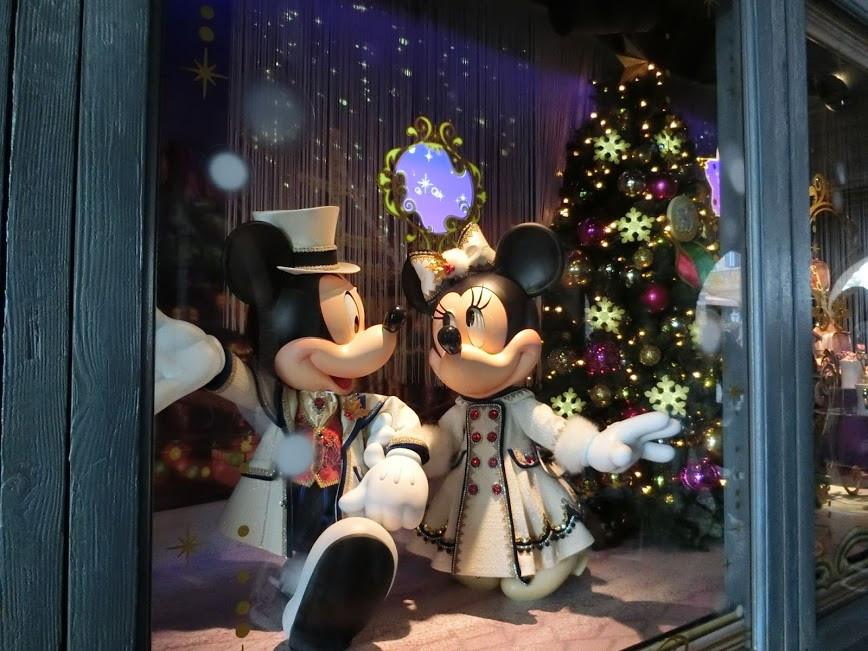 【2018】ディズニーシーのクリスマスまとめ!ショー・グッズ・メニュー・デコレーション・混雑予想!