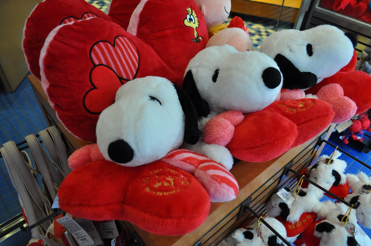 【USJ】2019年のスヌーピーのバレンタイングッズ46選!販売場所、値段、商品ラインナップ