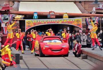 【2019】ディズニーシーにカーズ登場!ライトニング・マックィーン・ヴィクトリーラップまとめ