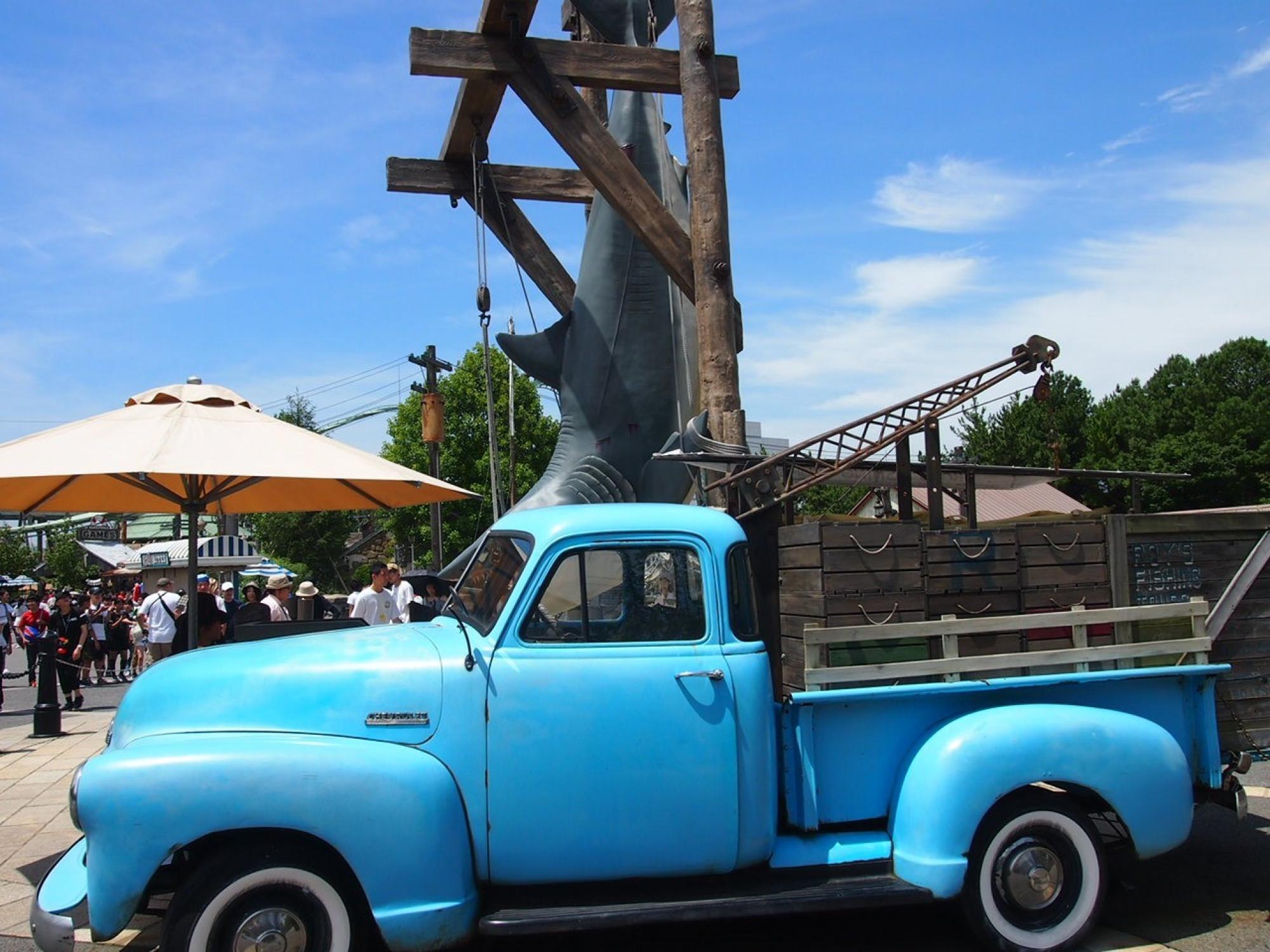 アミティビレッジの青い車♪